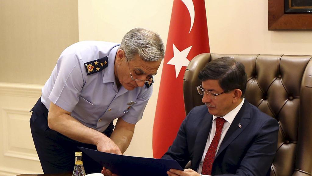 2015-07-25T135250Z_178961670_GF10000169493_RTRMADP_3_MIDEAST-CRISIS-TURKEY(1)