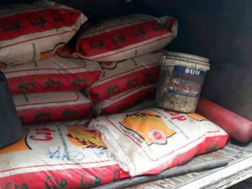 Contraband-rice-seized-by-the-Nigerian-Customs-Service.jpg