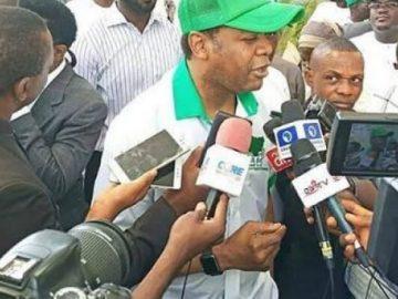 Saraki ya sayi fom din takarar shugaban kasa karkashin jam'iyar PDP