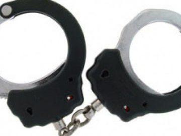 chain_handcuffs1957348188.jpg