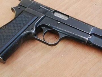 gun-653x3656977302714563702099.jpg