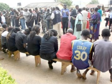 suspected-criminals-being-paraded-at-the-plateau-state-police-command-in-jos-yesterday-545x3677067061181639765261.jpg