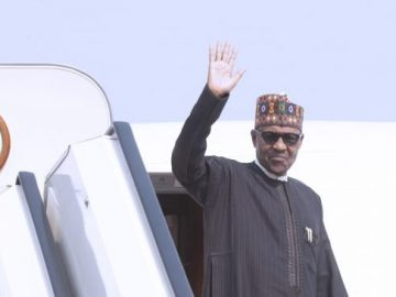 president-buhari-departs-for-uk-3-653x3656360433644194330476.jpg